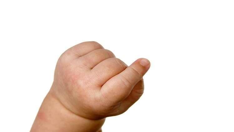 ماذا يعني طول إصبع السبابة عند الأطفال